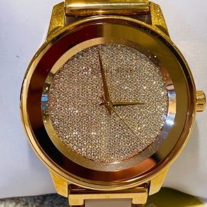 Michael Kors Pave watch number 6432